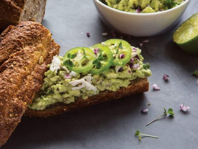 avokádókrémes szendvics mikrozölddel