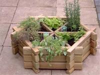 kert egy négyzetméteren