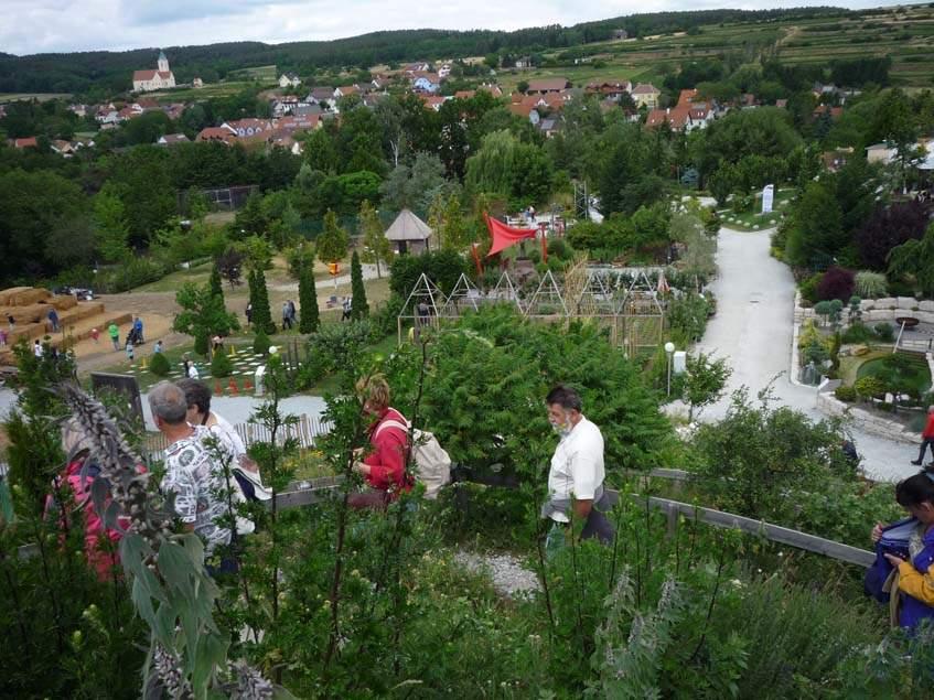 óriás fűszerspirál a Kittenberger kertekben
