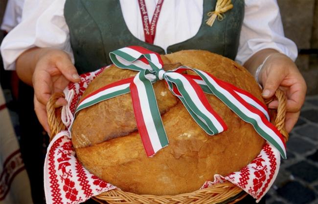 kenyér ünnep